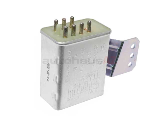0015453532 Genuine Mercedes Glow Plug Relay/Controller; Preglow Time Relay; 7 Pin