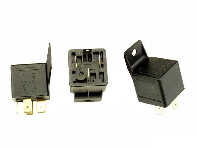 0332019157 Bosch Multi Purpose Relay; 40 Amp; With 4 Terminal Connector and Bracket
