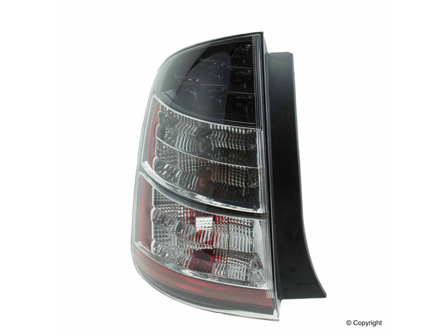 11615401 TYC Tail Light