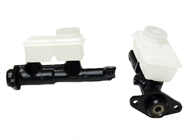 1330799 FTE Brake Master Cylinder; With Reservoir; Left Outlet