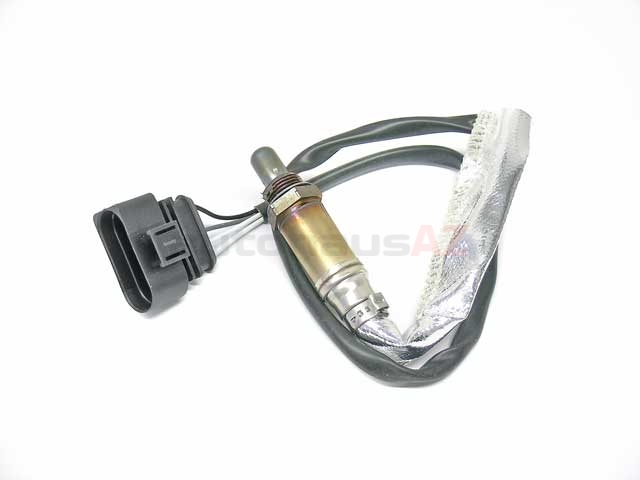 13842 Bosch Oxygen Sensor; OE Version; Four Wire; Heated