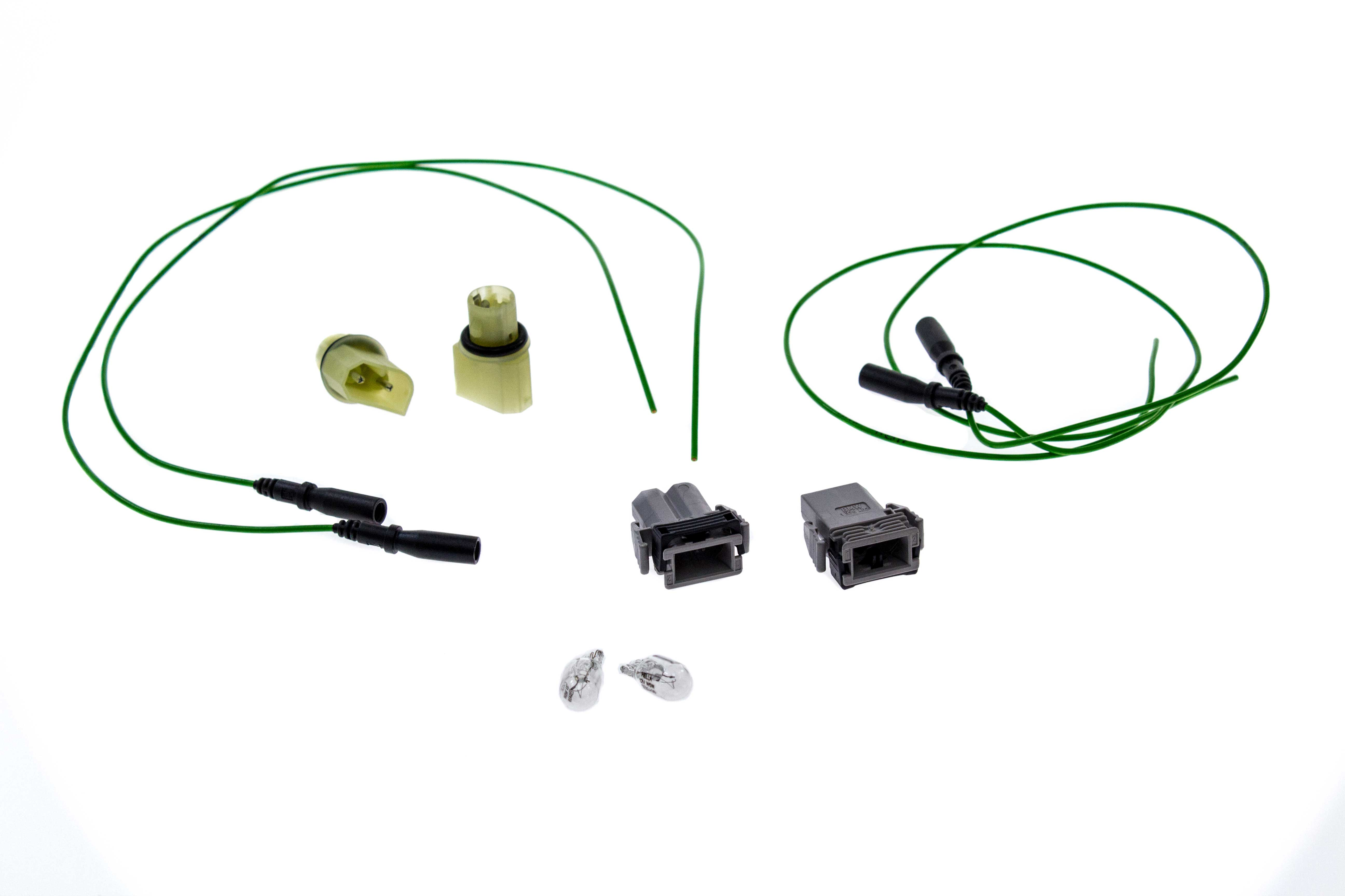 63141376979KIT AAZ Preferred Side Marker Lamp Connector; Connector, Wire Connectors, Sockets, Bulbs; KIT