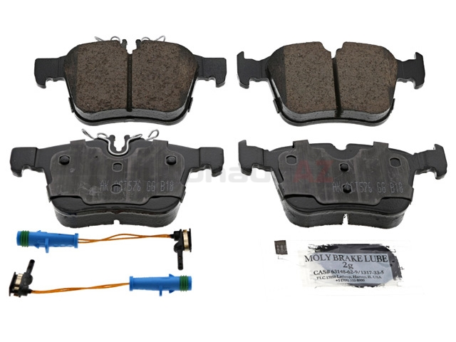 0004208200 Akebono Euro Brake Pad Set; Rear