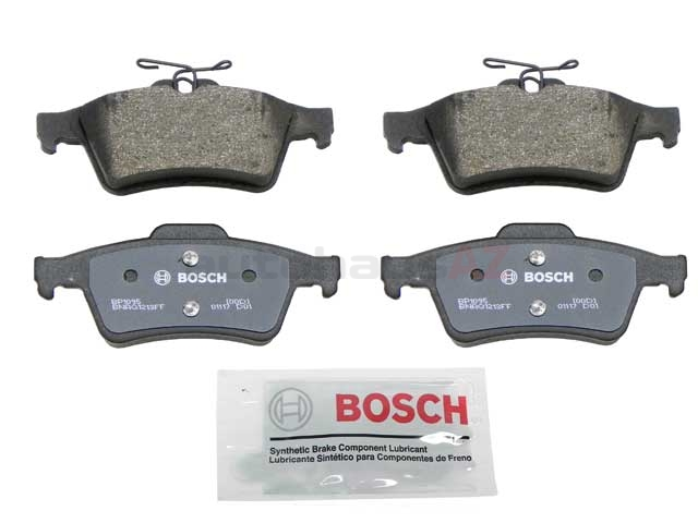 BP1095 Bosch QuietCast Brake Pad Set; Rear